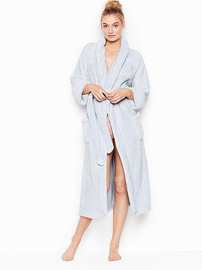 3014e29d97116 Victoria's Secret, Victoria's Secret The Cozy Long Robe, onModelFront, ...