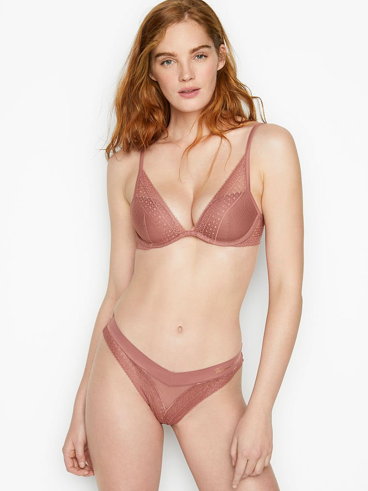 Victoria's Secret: Lightly Lined Lace Plunge Bra $9.99