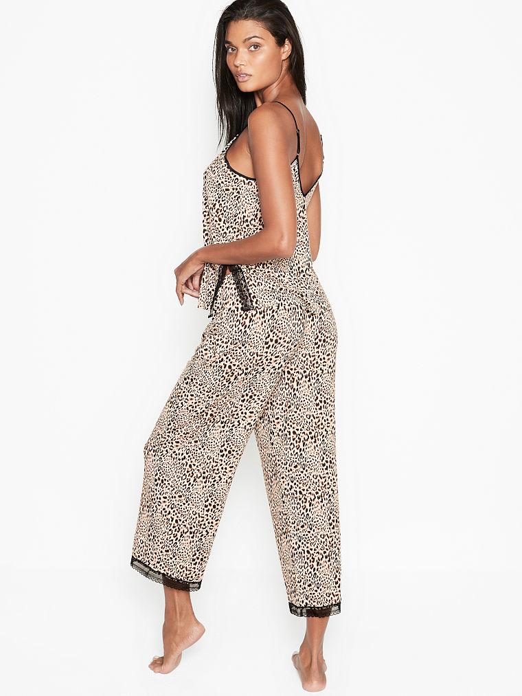 Victoria Secret Heavenly Supersoft Modal Pajama Set M pj cami capri pant lace